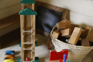 大分市戸次 木工雑貨mocca お子さまプレイスペースおもちゃ